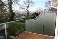 Glass Balustrades and Privacy Screens. Combining the two into a perfect solution.