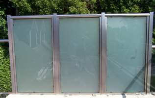 Privacy Screen with satinised