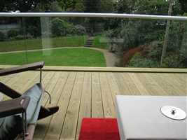 semi-frameless structural glass balcony