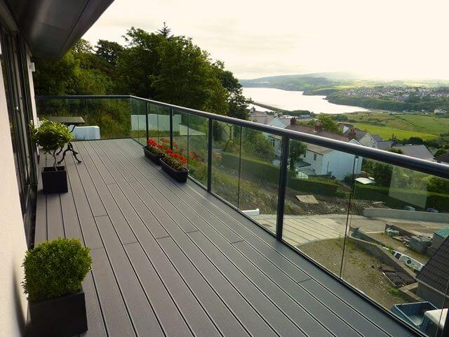North wales glass balustrade balcony systems for Glass balcony