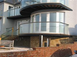 curved balcony glass kent