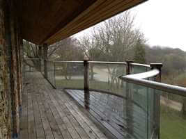 Curved balustrade with Silver handrails