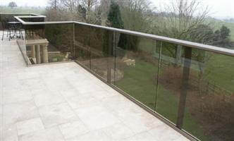 balcony glass Soulbury Buckinghamshire