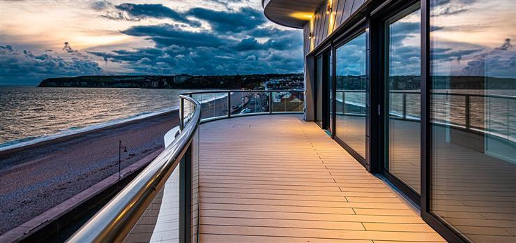 Curved Orbit balustrade - Seaton Beach - Devon