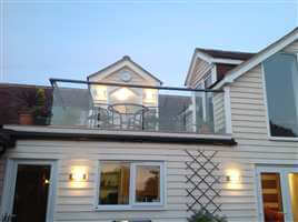 Bal 2 Glass Balustrade in Sussex