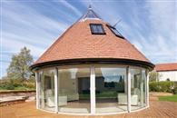 A whopping 10 metres of Curved Glass Patio Door makes huge statement on Nottinghamshire home