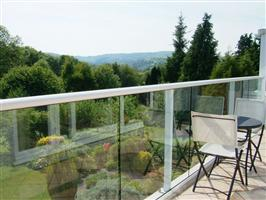 glass balustrade in cheshire