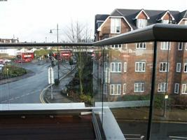 glass balustrades wimbledon