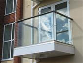 No corner posts, less frequent posts and sometimes post less glass balustrades can be achieved with Balcony Systems unique systems. See when and how posts are required
