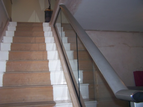 glass stair handrails-16113.8