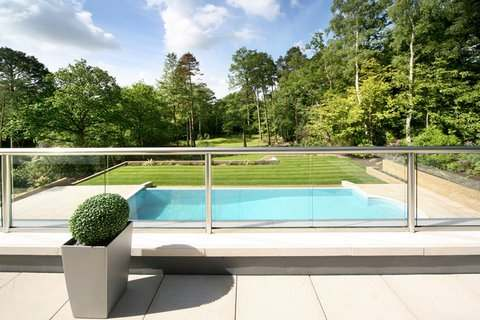 Glass Balustrade with Stainless Steel Balustrade