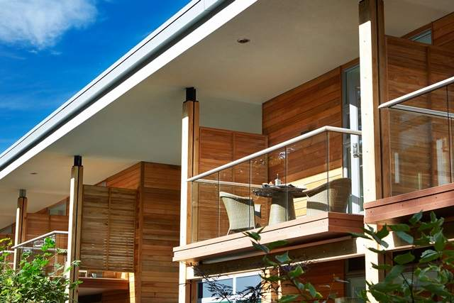 Balcony Systems close up Glass Balustrades