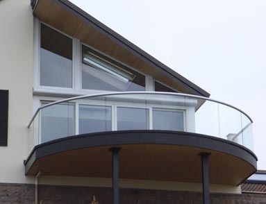 Balustrade with handrail and glass
