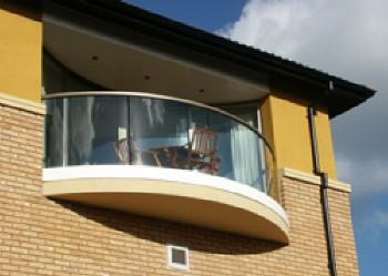 Curved Balcony and sliding doors