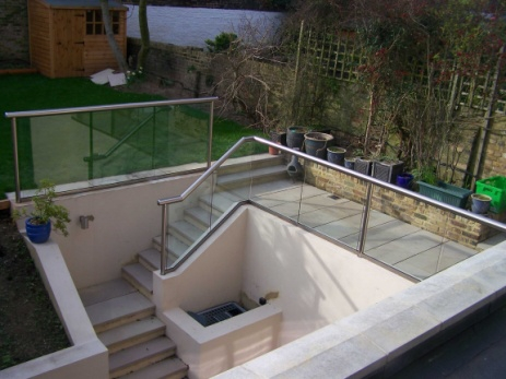 glass stair handrails-16113.7