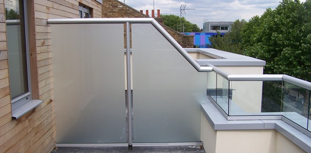 Glass fencing glass fence panels balcony systems for Balcony barrier